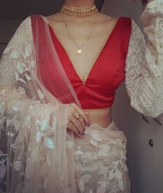 Check Out Chic Saree Blouse Styles To Up Your Fashion! Blouse Back Neck Designs, Blouse Designs, Saree Blouse, Sari, Blouse Styles, Chic, Fashion, Saree, Shabby Chic