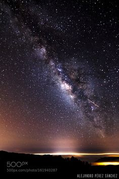 Milky Way  Fotos tomadas en la Isla de Gran Canaria  Camera: Canon EOS 550D Lens: 11-16mm Focal Length: 11mm Shutter Speed: 25sec Aperture: f/2.8 ISO/Film: 3200  Image credit: http://ift.tt/29QPVzS Visit http://ift.tt/1qPHad3 and read how to see the #MilkyWay  #Galaxy #Stars #Nightscape #Astrophotography