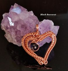 Black Baccarat Jewellery: Cuore wirewrapped in Rame e Cristallo color Amesti. Wire Wrapping, Heart Shapes, Jewelry Making, Jewellery, How To Make, Handmade, Color, Black, Bijoux