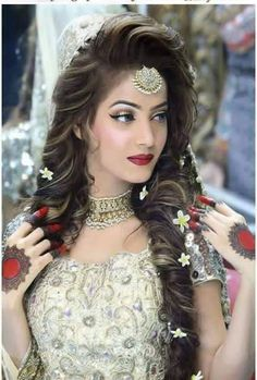 Long wavy indian wedding hairstyle with headpieces make up hair mehndi everything is on point junglespirit Images