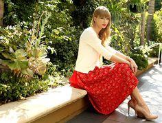 Otro tipo de huracán: Taylor Swift ha anunciado un concierto en el Verizon Center . http://www.washingtonhispanic.com/nota13161.html