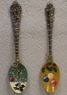 Audiz Creations: More of my Handpainted Wired Spoon Ornaments...