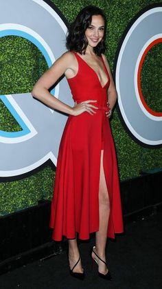 Gal Gadot was totally red hot in her high-slit red, plunging dress at the GQ Men… - Celebrities Gal Gardot, Gal Gadot Wonder Woman, Gq Men, Plunge Dress, Diana, Beautiful Celebrities, Nice Dresses, Celebrity Style, Celebs