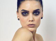 GRUNGE - Kat von D beauty Everlasting liquid lipstick Bow n arrow Kat von D beauty Everlasting liquid lipstick Noble