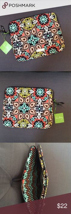 """VERA BRADLEY FULL SIZE TABLET SLEEVE Brand new with tags full size tablet sleeve  Fits full size iPad,Samsung galaxy or any other large tablet Sierra pattern  8 1/4""""w x 10 1/4 h x3/4"""" d Smoke/pet free home Vera Bradley Accessories Tablet Cases"""