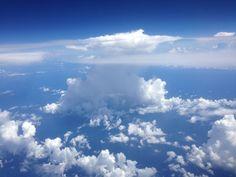 Hongo de nube en un viaje a Cancún con mi esposa.