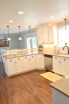 Kitchen layout - Wood lighting living room - Wood plank ceiling - New kitchen cabinets - Plank Wood Plank Ceiling, Wood Ceilings, Wood Beams, Wood On Ceiling Ideas, Living Room Ceiling Ideas, Kitchen Ceilings, Floors Kitchen, Kitchen Ceiling Lights, Plank Walls