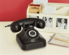 cordless vintage looking phone with caller ID!