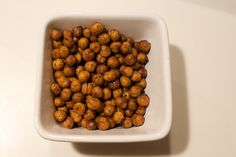 Roasted chickpeas- such an easy, crunchy snack without the guilt! http://blog.fatfreevegan.com/2008/08/healthy-crunchy-three-guilt-free-snacks.html