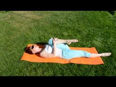 A relaxing evening workout video to relieve lower back and overcome body stiffness.