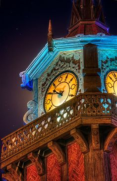 disneyland peter pan clock tower