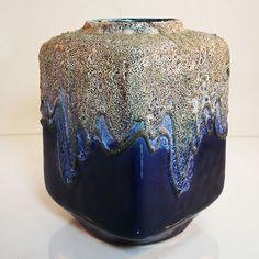 Advantages of Using Pottery for Interior Design Pottery Marks, Glazes For Pottery, Pottery Vase, Ceramic Pottery, Vintage Pottery, Vintage Ceramic, Lava, Pottery World, Bennington Pottery