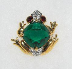 Vintage Swarovski Swan Signed Emerald And Ruby Crystal Frog Brooch Pin