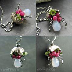 http://bon-appeteats.deviantart.com/art/Bellflowerwith-gemstones-115564719