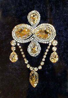 1238 Best Crown Jewels Images In 2019 Crown Jewels Jewels Royal Jewels