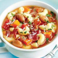 This is very easy and delicious soup with cooked pasta,beans,greens,vegetables and bacon. Serve this soup accompanied with dry white wine Soup Recipes Uk, Lunch Recipes, Wine Recipes, Cooking Recipes, Healthy Recipes, Cooking Videos, Healthy Food, Pasta E Fagioli, Pasta Soup