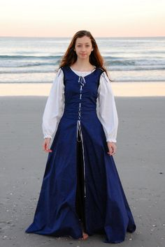 The Pirate's Daughter Dress by BadWolfCostumes on Etsy