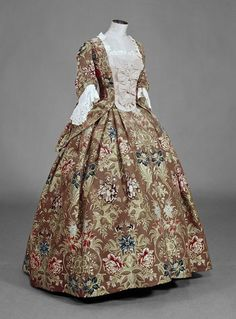 Mantua | ca. 1732 (weaving) 1735-1740 (sewing) 1870 - 1910 (altered)  V&A