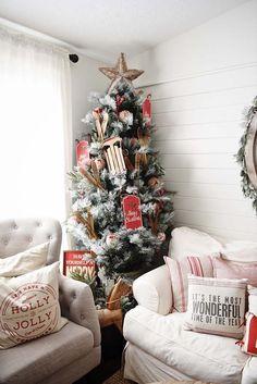 #holidaydecor #holidays #christmastree #ChristmasDecor #christmas #onekindesign