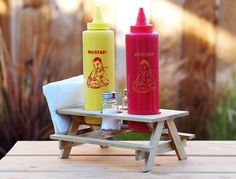 Keeping your condiments corralled at a cookout is a central concern. This adorable condiment holder is perfect for your next BBQ.