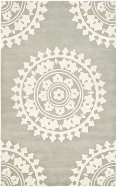 So pretty!  RugStudio presents Safavieh Soho SOH732K Light Grey / Ivory Hand-Tufted, Good Quality Area Rug