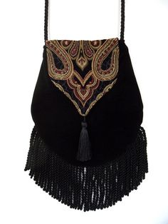 Fringed Tapestry Gypsy Bag Black Cross Body Bag Bohemian  Indie bag renaissance bag                                                                                                                                                                                 Más