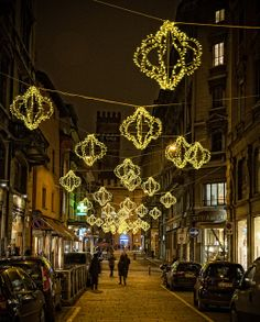 Christmas in Bologna, Italy - beautiful.  Remind me to spend next Christmas there!
