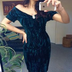 SALE 80s Velvet Green Dress by VoidoidVintage on Etsy