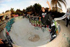 Cody Lockwood front blunt, Ledges Pool Anaheim CA 2015