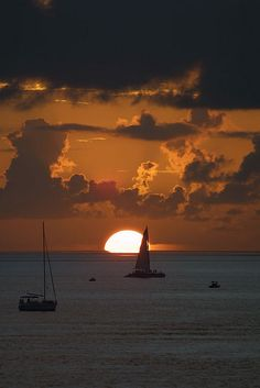 Key West Sunset with boats by webmink, via Flickr