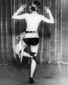 Retronaut - Dancer Jean Rai demonstrating the Black Bottom Blues