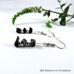 Whimsical minimalist jewelry natural by DSNatureetCreation on Etsy https://www.etsy.com/listing/244265147/whimsical-minimalist-jewelry-natural