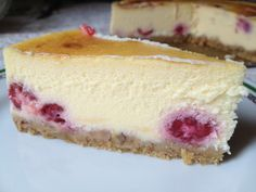 Varga Gábor; Desszertszerelem; sajttorta; málnás sajttorta; mascarpone; tojás; málna; Summer Desserts, Healthy Desserts, Fun Desserts, Dessert Recipes, Hungarian Recipes, Sweet Cakes, No Bake Cake, Cheesecake, Food Porn
