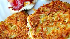 Emily's Famous Hash Browns - good old fashioned restaurant-style hash browns. Perfect with hot pepper sauce and ketchup! Great Recipes, Favorite Recipes, Popular Recipes, Recipe Ideas, Easy Recipes, Shredded Potatoes, Breakfast Potatoes, Breakfast Hash, Breakfast Casserole