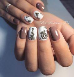 54 Festive Christmas Nail Art Ideas - winter nail art ideas , winter nail art, christmas nail art designs, winter nail c French Nail Designs, New Nail Designs, Winter Nail Designs, Trendy Nail Art, Stylish Nails, Classy Nails, Holiday Nails, Christmas Nails, Christmas Glitter