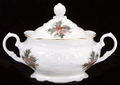 Christmas Berry Fine China Covered Sugar Bowl $9.49 Tea With Grace