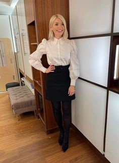 This Morning Fashion, Ted Baker Shirts, Perfect Wife, Star Fashion, Womens Fashion, Holly Willoughby, Tv Presenters, Black Tights, Back To Black