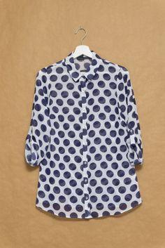 De compras en Primark: camisa topos grandes
