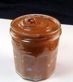 Homemade Nutella - thermomix I have to try this. We go thru so much Nutella! Köstliche Desserts, Delicious Desserts, Dessert Recipes, Yummy Food, Dessert Healthy, Think Food, Love Food, Salsa Dulce, Kolaci I Torte