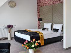 Arthotel ANA Prime - Zimmer Boutique Hotel Wien, Hotels, Bed, Furniture, Home Decor, Internal Courtyard, Homemade Home Decor, Stream Bed, Home Furnishings