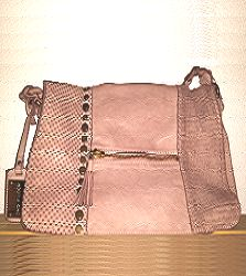 - soft best quality full grain leather - rice-powder-colour (natural pigment = 'tinto in capo') - Floor = Made in Italy - front flap closure with hidden. Leather Handbags, Messenger Bag, Satchel, How To Make, Fashion, Moda, Leather Totes, Fashion Styles, Fasion