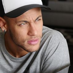 Image discovered by ️️selin. Find images and videos about football, brasil and neymar on We Heart It - the app to get lost in what you love. Neymar Jr, Football Neymar, Football Run, Antoine Griezmann, Husband Best Friend, Soccer News, Best Player, Paris, Football Players