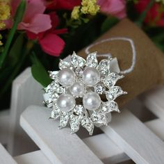 Find More Brooches Information about Silver Tone Crystal Rhinestone Nice Faux Pearl Brooches Wedding Bouquet B065,High Quality Brooches from Gem-Mart Store on Aliexpress.com