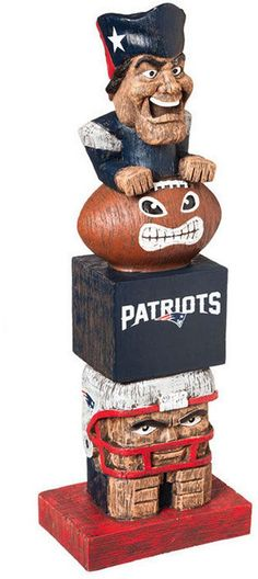 Evergreen New England Patriots Tiki Totem