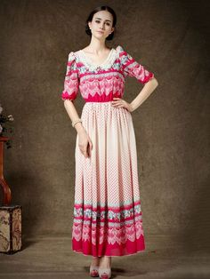 Vintage Floral Half Sleeves Maxi Dress With Pearl Collar