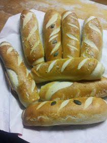 Hot Dog Buns, Hot Dogs, Naan, Croissant, Baked Goods, Baking, Food, Breads, Bread Rolls