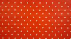 Tafelzeil rode achtergrond en witte stippen | VIA CANNELLA KOOKWINKEL | CUIJK | www.viacannella.nl