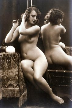 Vintage nude beauty