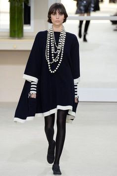 Chanel Fall 2016 Ready-to-Wear Fashion Show. #poncho