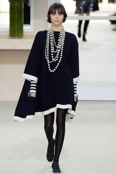 Chanel Fall 2016 Ready-to-Wear Fashion Show. #poncho